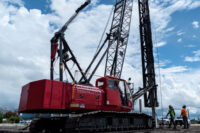Garbarino_s-HC80-Crane-with-fixed-leads-pile-driving-concrete-piles.jpg